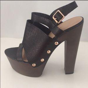 SHOE DAZZLE black platform sandals heels, size 8